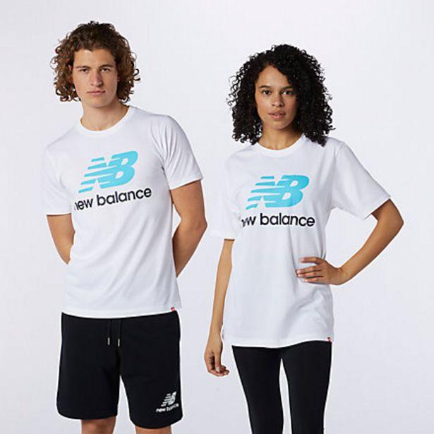Essentials Stacked Logo T-Shirt på tilbud til 21 kr.