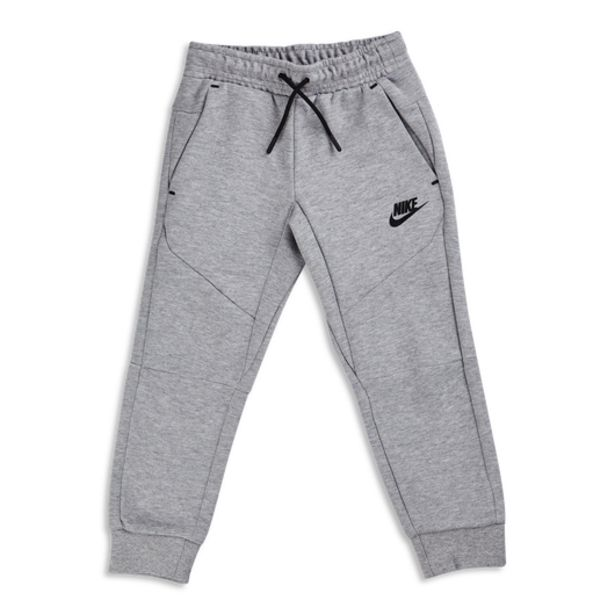 Nike Tech Fleece på tilbud til 479,95 kr.